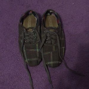 Toms sneaker shoes